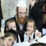 3 bài học quan trọng đầu đời cha mẹ Do Thái dành cho con