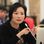 Nữ tỷ phú Wu Yajun từ một kỹ thuật viên đến vị trí điều hành một đế chế bất động sản trị giá 9,4 tỷ đô la